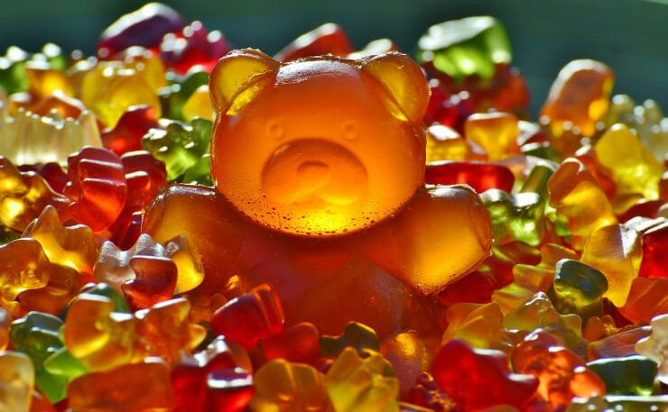 how to lose 15 pounds in a month gummy bear surrounded by smaller gummy bears