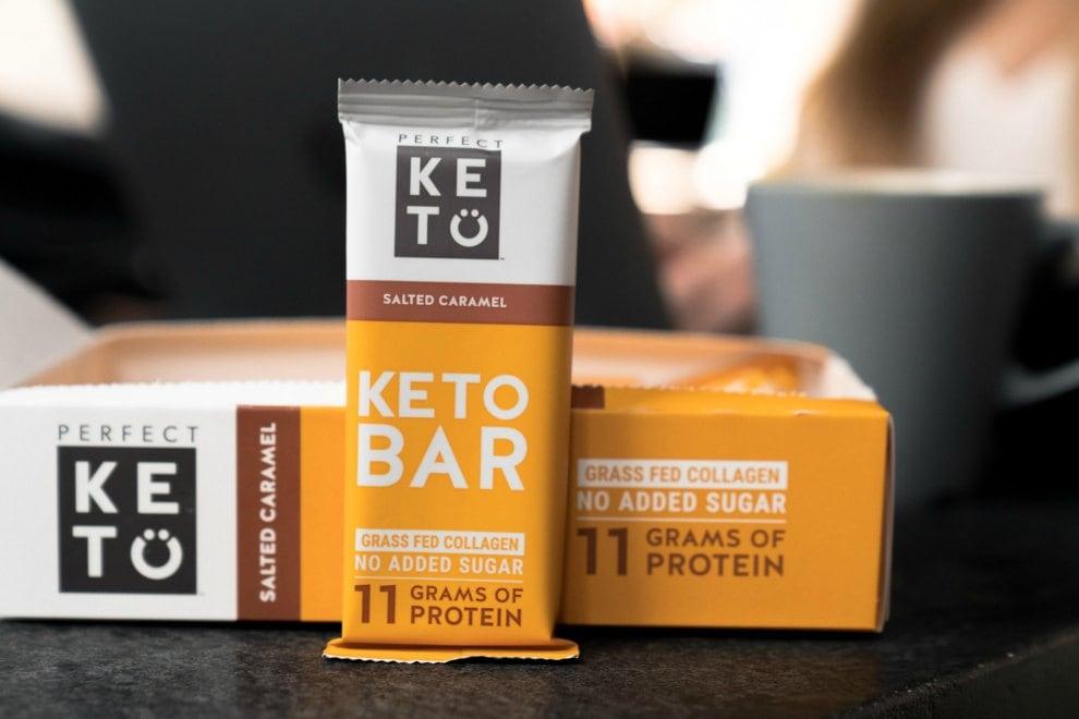 box showing perfect keto bars review salted caramel bar by box