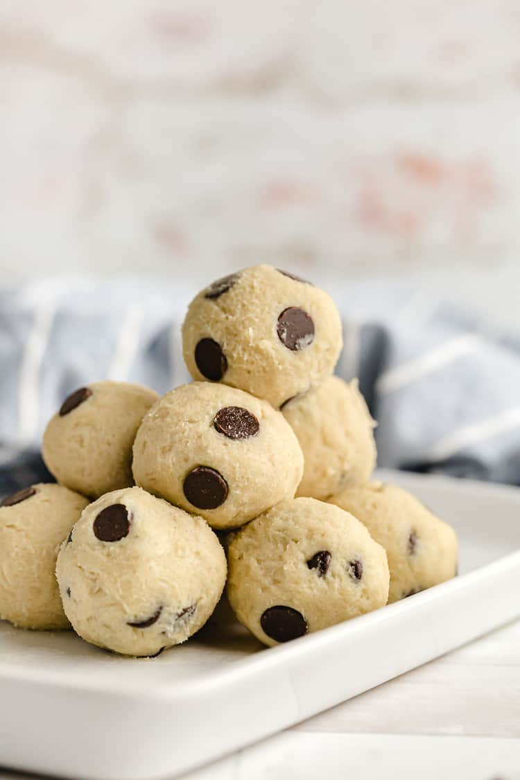 low carb sugar free cookie dough with chocolate chips on serving dish